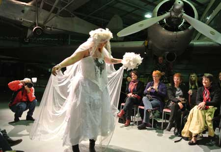 p2141-Couture-Judi-bride