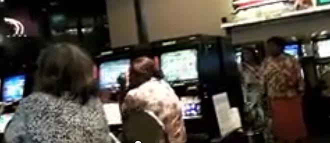 p2132-Pokies-at-casino