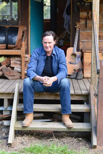 p2134-Neil-Murray-porch