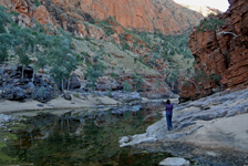 p2232-Ormiston-Gorge-2-SM