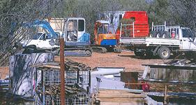 p2234-plumber-yard-SM