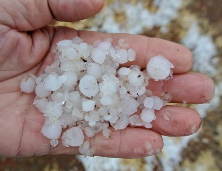 p2246-hail-6