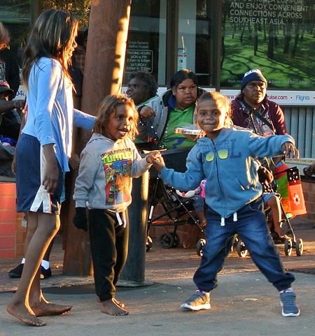 p2252-Territory-kids-dance