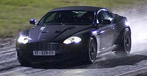 p2260-Aston-Martin-SM