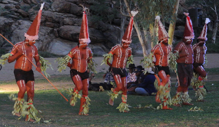 p22104-Mbantua-dancers-2