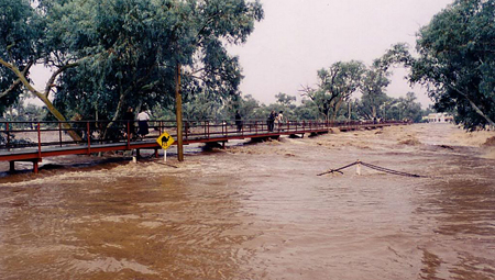 p2311-water-footbridge
