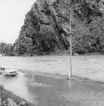 p2325-Nelson-flood-pic-5