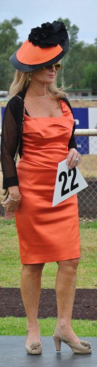 p2325-race-Jill-Bourne