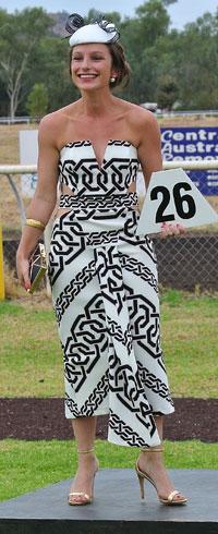 p2325-race-Kat-Cacauas