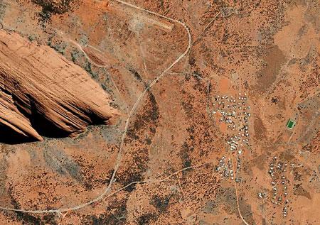 p2327-Uluru-Ayers-Rock-2