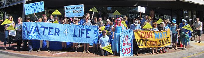 p2328-fracking-protest