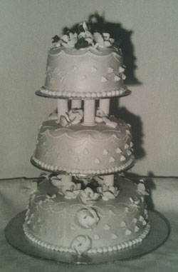 p2339-Women's-Nan's-cake