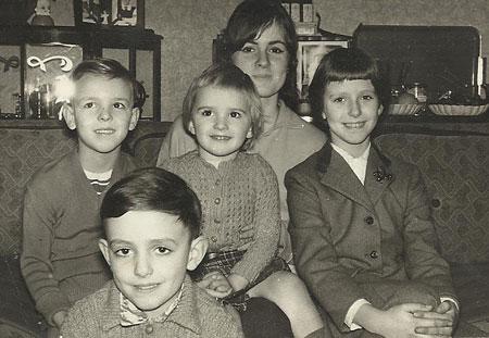 p2338-Family-Sims