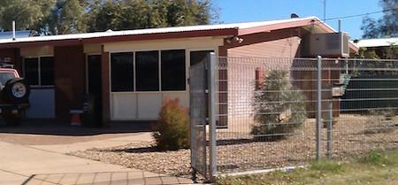 p2348 Pine Gap home 1