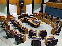 p2351 Parliament chamber SM
