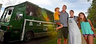 p2359-green-bus-sm