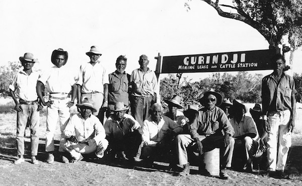 p2369-gurindji-men