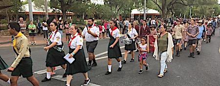 p2429 Anzac parade 10