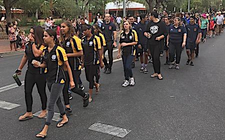 p2429 Anzac parade 14