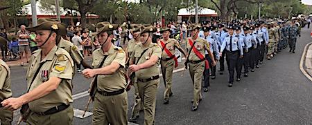 p2429 Anzac parade 3