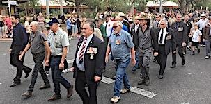p2429 Anzac parade SM