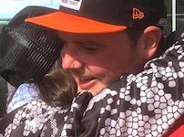 2452 Luke Hayes hug SM
