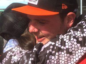 2452 Luke Hayes hug