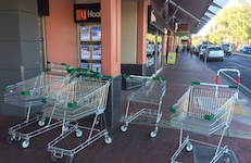 2460 shopping trolleys 1 SM