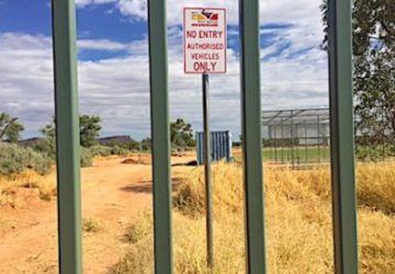 p2465 Owen & Bobbie fence CDU 430