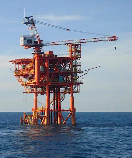 2496 ENI oil platform Blacktip