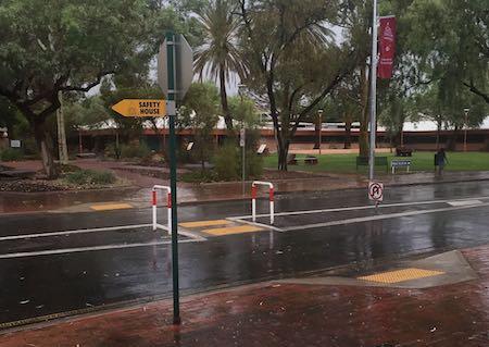 2499 council chambers in rain