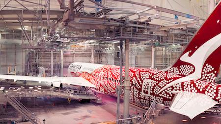 2517 Qantas livery OK