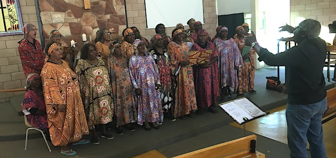 5232 Central Australian Aboriginal Womens Choir OK