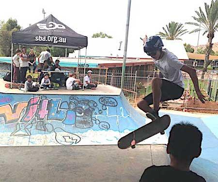 p2124-skateboarding-4