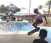 p2124-skateboarding SM