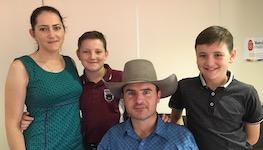 2588 Rob Cook & family SM