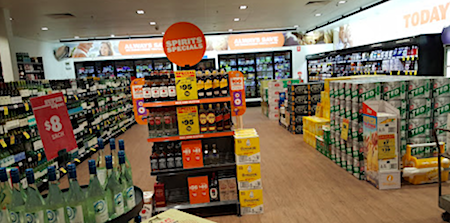 2589 Woolworths bottle shop 2 OK