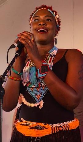 p2568 She sings Lul 270