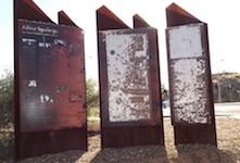 2618 Ghan walk signs 2 SM