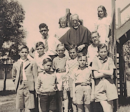 2638 Kennett Tragedy children at St John's OK